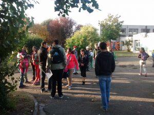 Les élèves attendent le début des ateliers