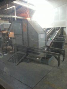 Une deuxième machine qui emmène les déchets