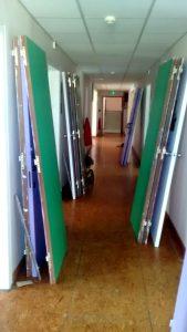 Les portes sont démontées et c'est pour ça que l'on déménage